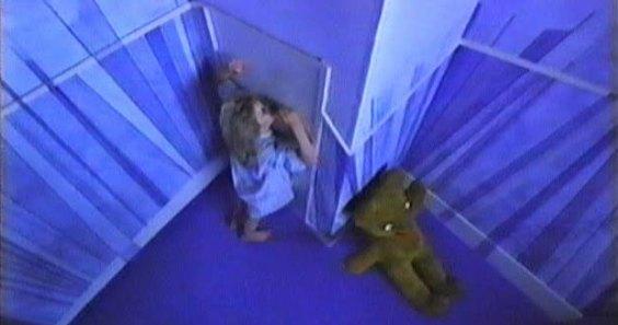 Traumsequenz mit Teddybär