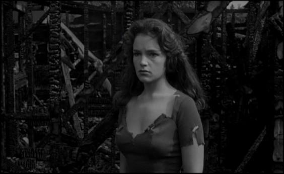snakewoman-travers
