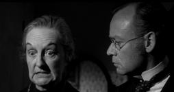 Elsie Wagstaff hat einen instinktiven Verdacht metaphysischen Charakters.