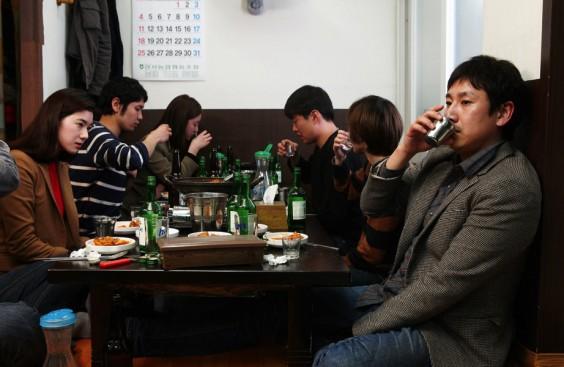 Trinken, Essen und Lieben: Das Kino von Hong Sang-soo bezaubert durch seine Einfachheit. Hier: Nobody's Daughter Haewon (2013)